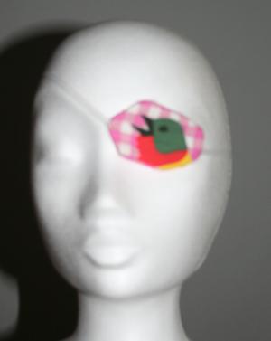 http://www.imaygine.com/wp-content/uploads/2012/01/bandeaupirate.jpg