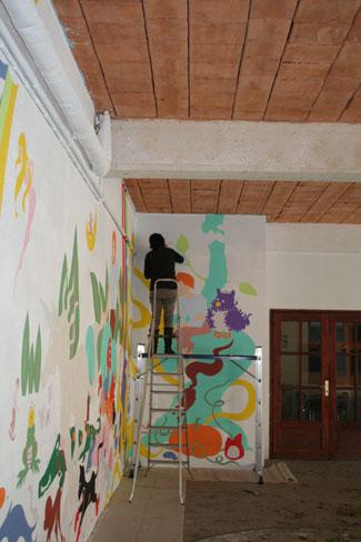 fresque artiste au travail