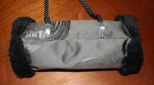 manchon-gris-fourrure-noire-2